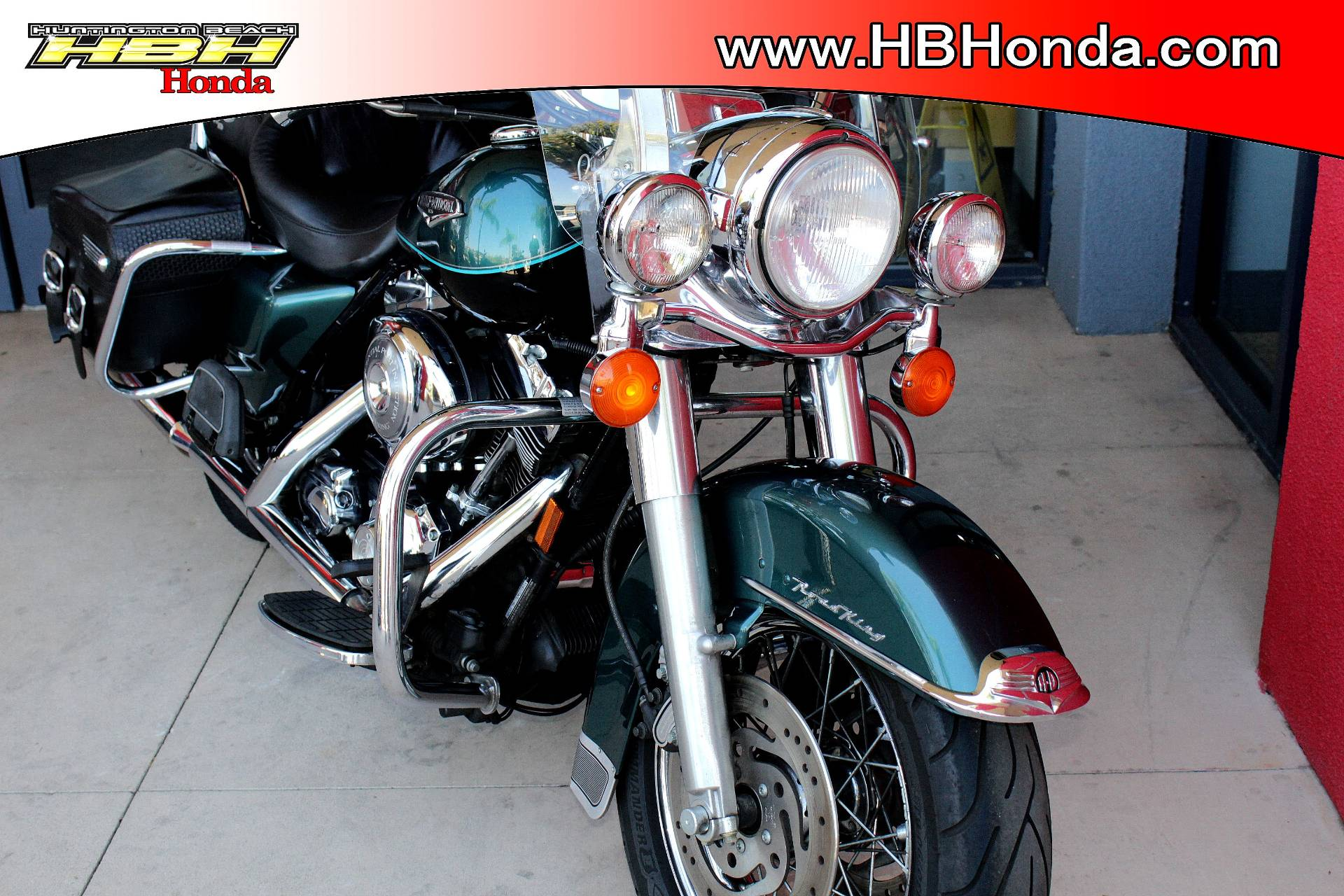 2001 Harley-Davidson FLHRCI Road King® Classic in Huntington Beach, California