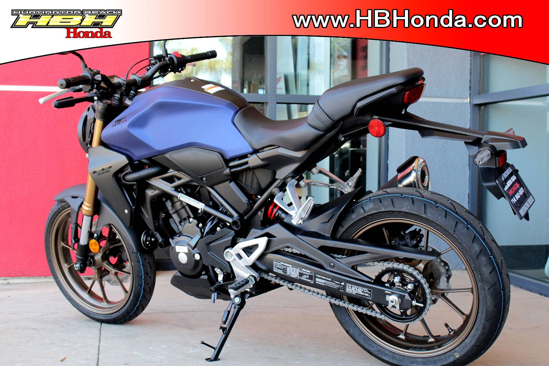 2021 Honda CB300R ABS in Huntington Beach, California - Photo 4