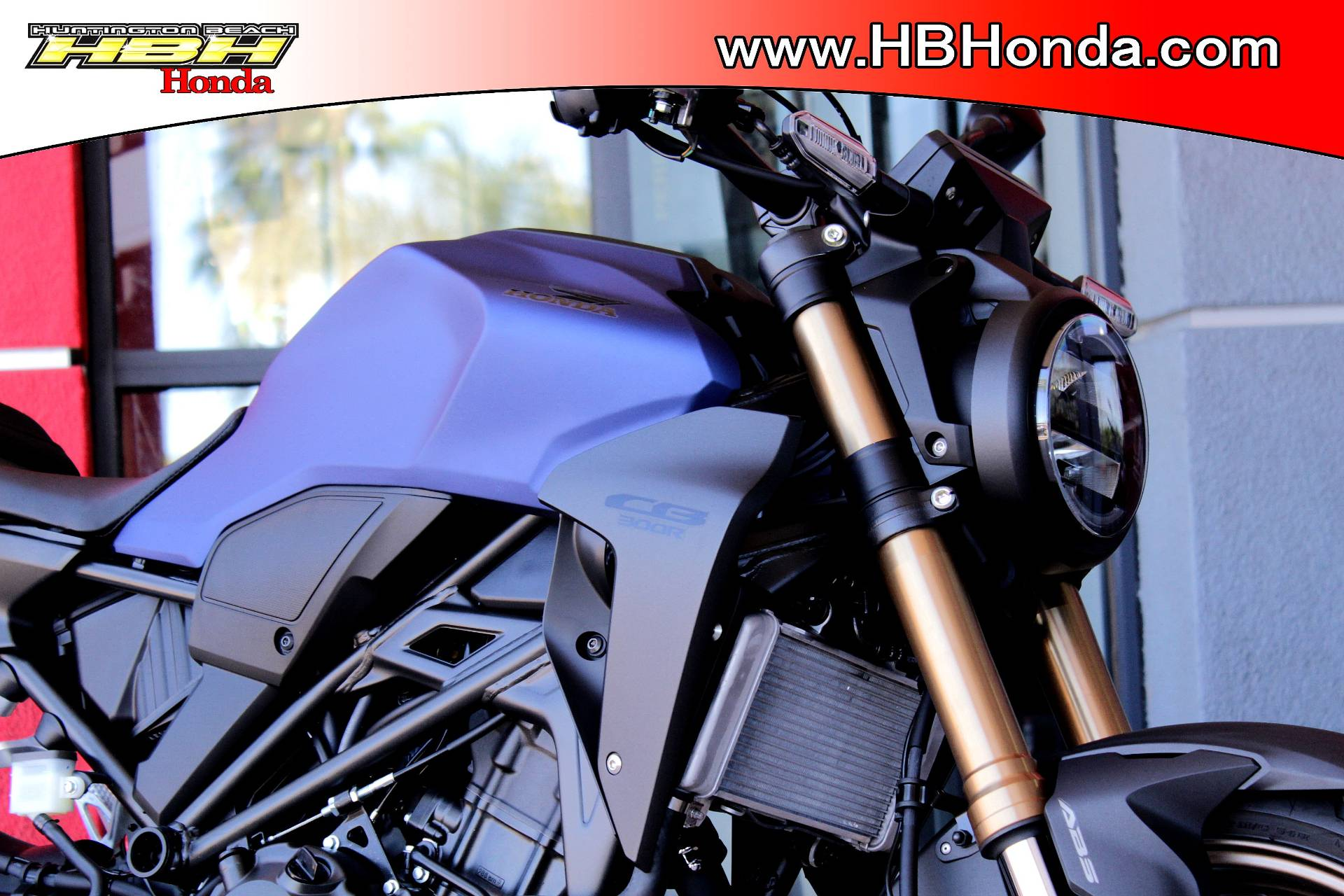 2021 Honda CB300R ABS in Huntington Beach, California - Photo 8