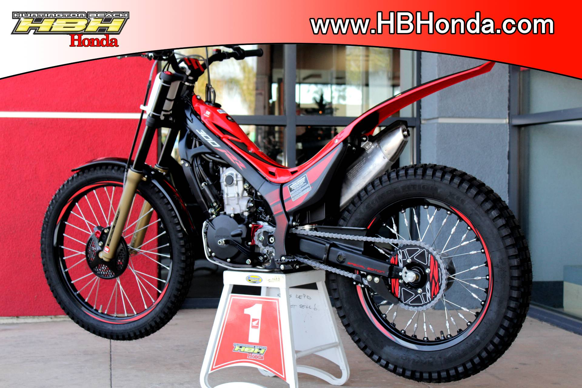 2017 Honda Montesa Cota 300RR (MRT300H) in Huntington Beach, California - Photo 9