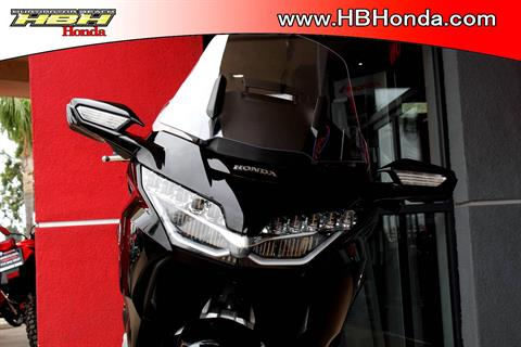 2019 Honda Gold Wing Tour Automatic DCT in Huntington Beach, California - Photo 3