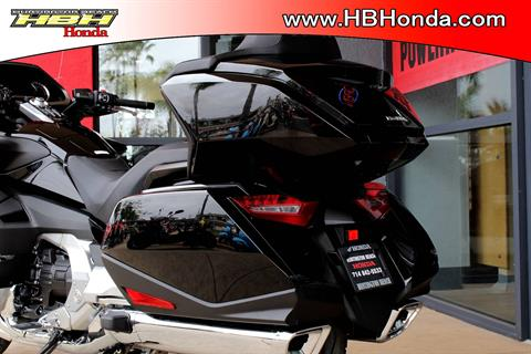 2019 Honda Gold Wing Tour Automatic DCT in Huntington Beach, California - Photo 9