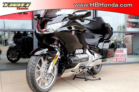 2019 Honda Gold Wing Tour Automatic DCT in Huntington Beach, California - Photo 11
