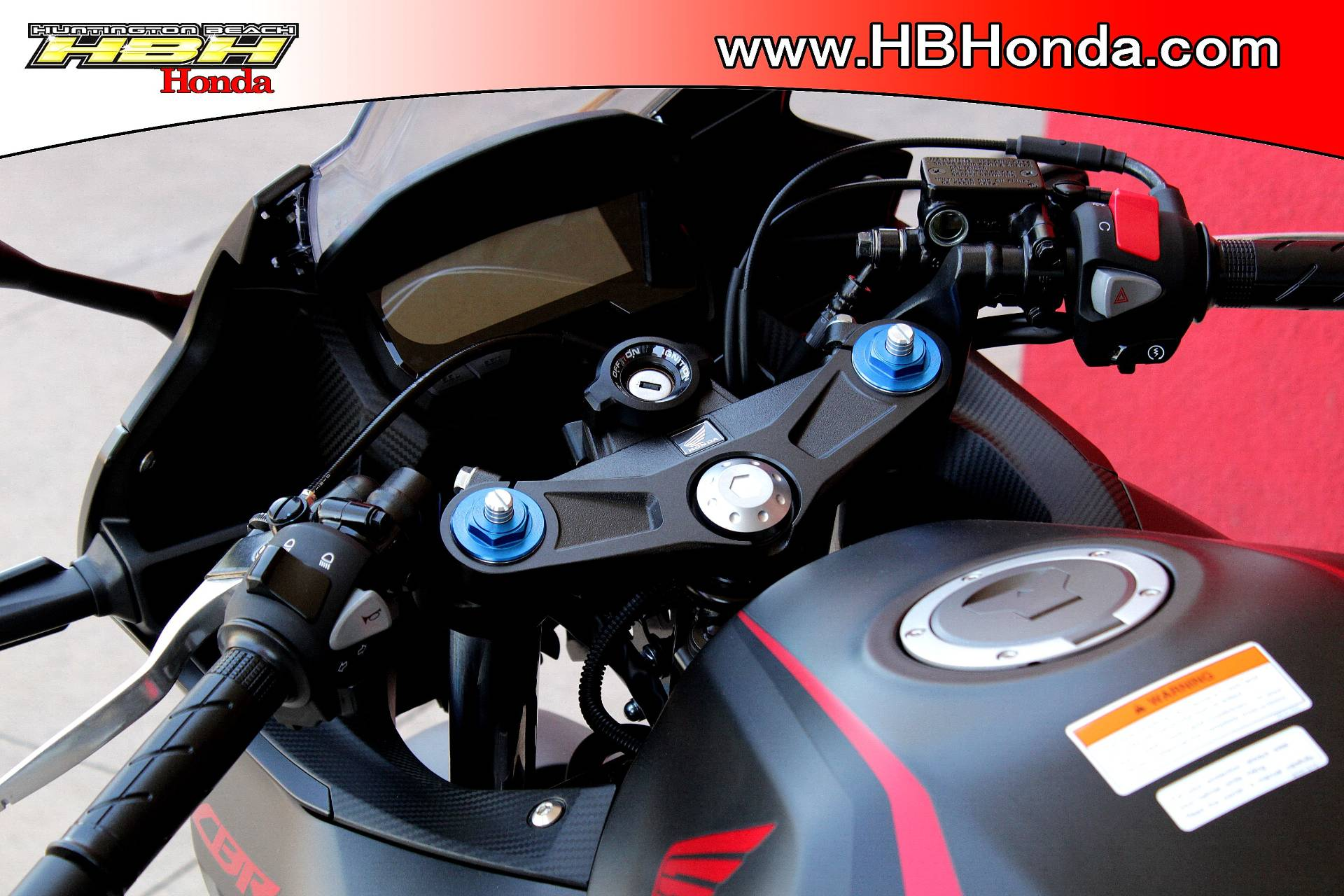 2019 Honda CBR500R ABS in Huntington Beach, California - Photo 10