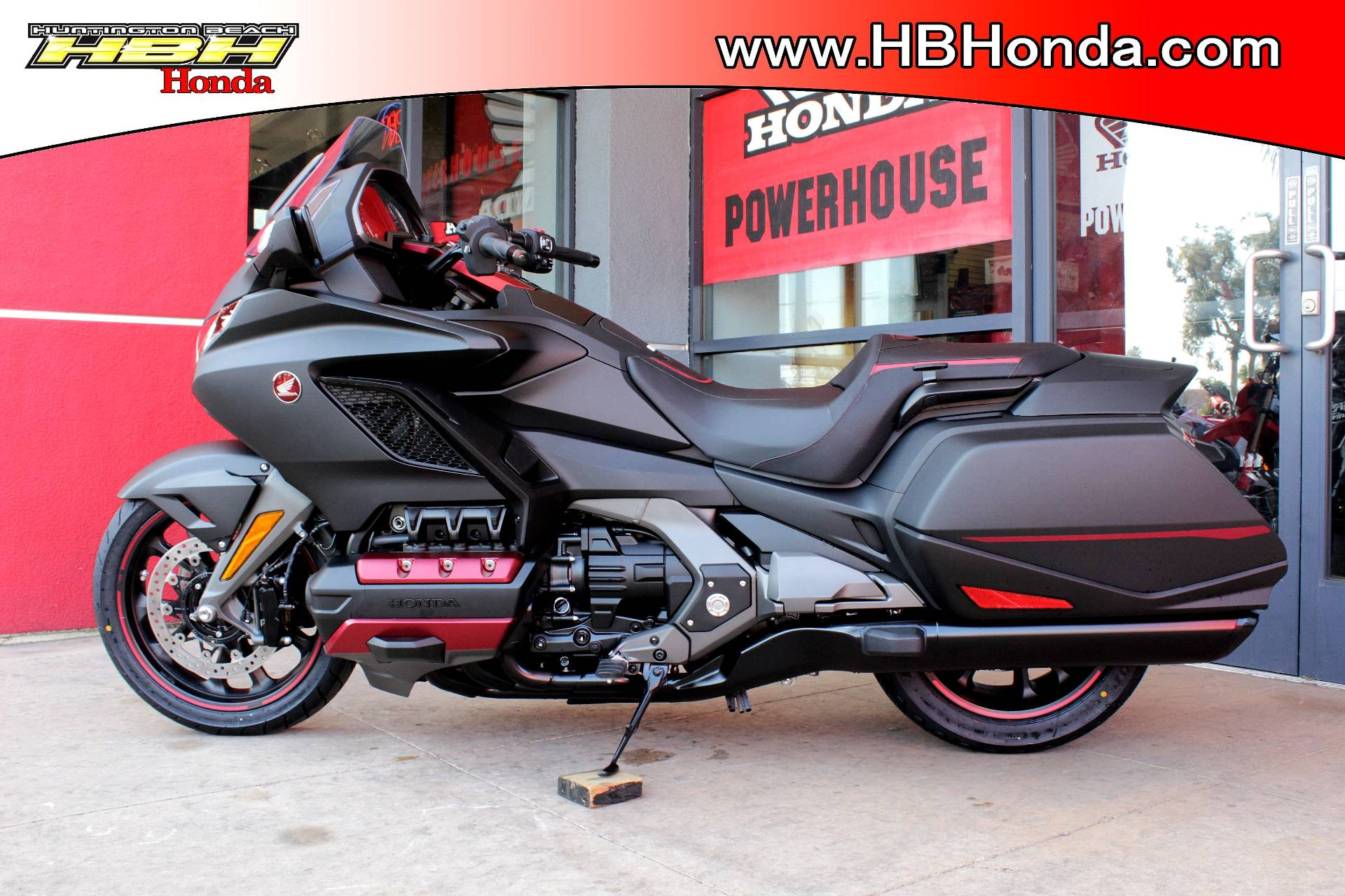 2020 Honda Gold Wing Automatic DCT in Huntington Beach, California - Photo 2