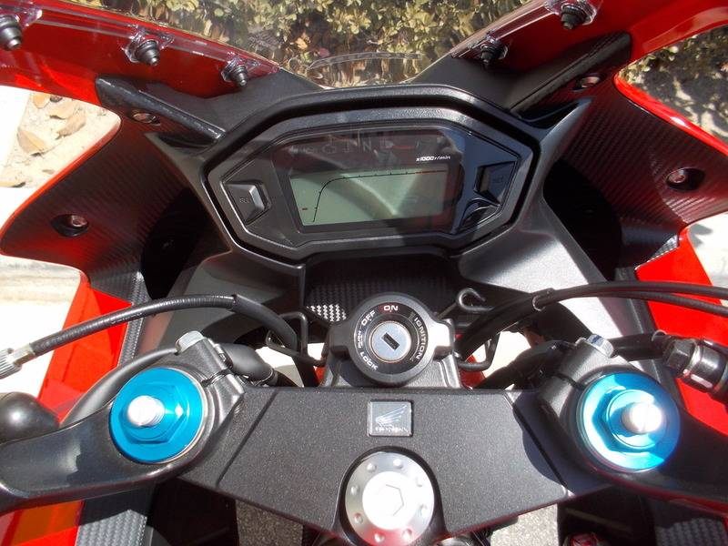 2016 Honda CBR500R in Huntington Beach, California