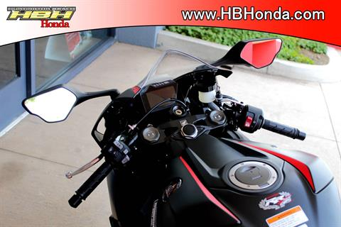 2017 Honda CBR1000RR in Huntington Beach, California - Photo 7
