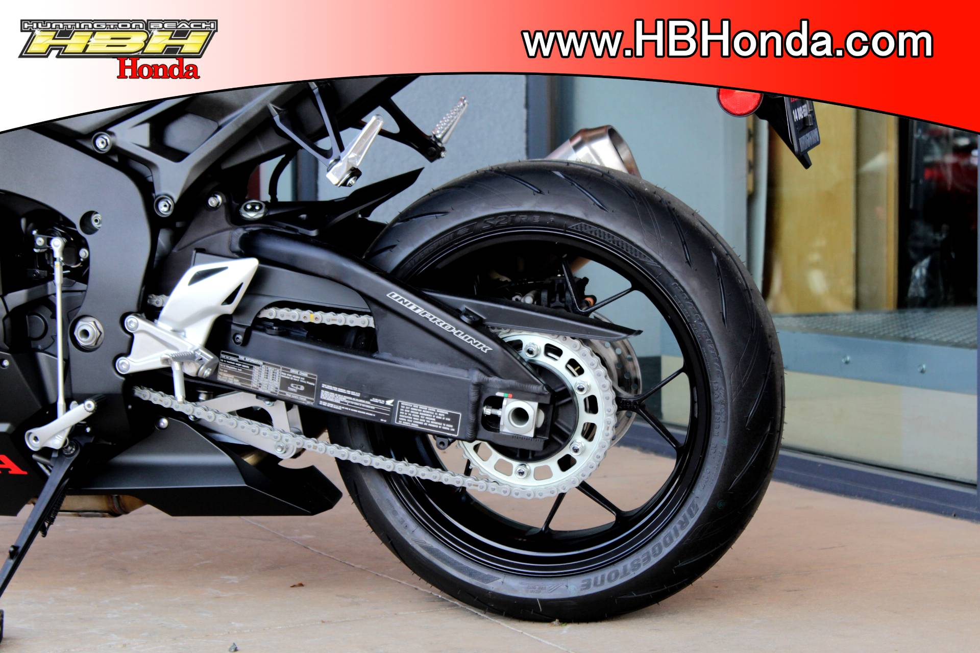 2017 Honda CBR1000RR in Huntington Beach, California - Photo 11