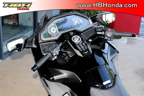 2019 Honda Gold Wing Automatic DCT in Huntington Beach, California - Photo 14
