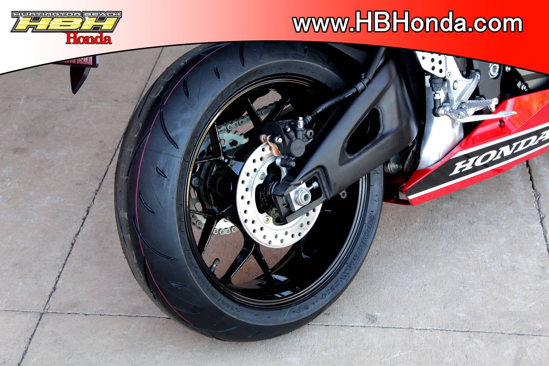 2018 Honda CBR600RR in Huntington Beach, California - Photo 6
