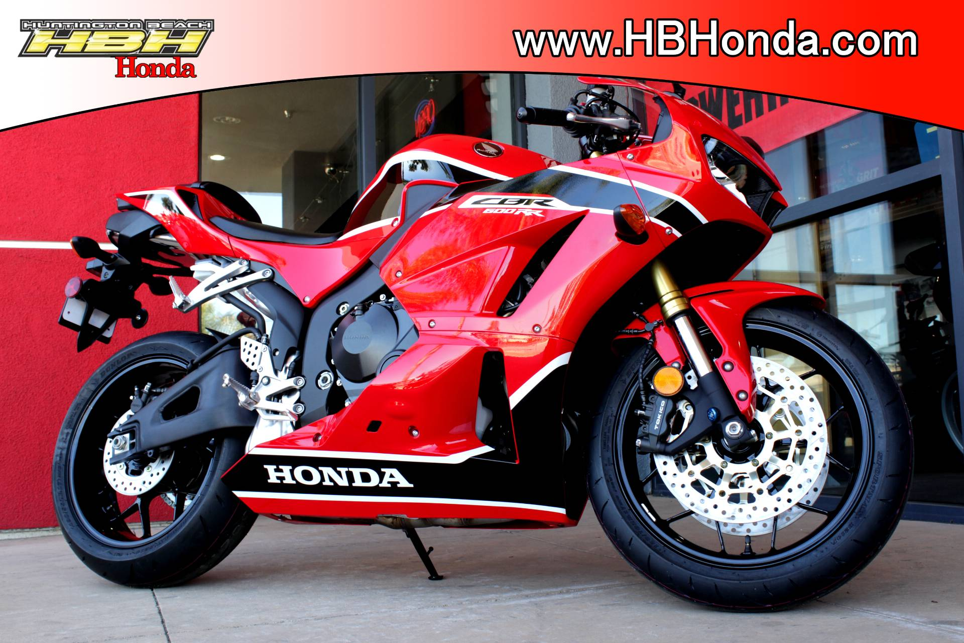 2018 Honda CBR600RR in Huntington Beach, California - Photo 2