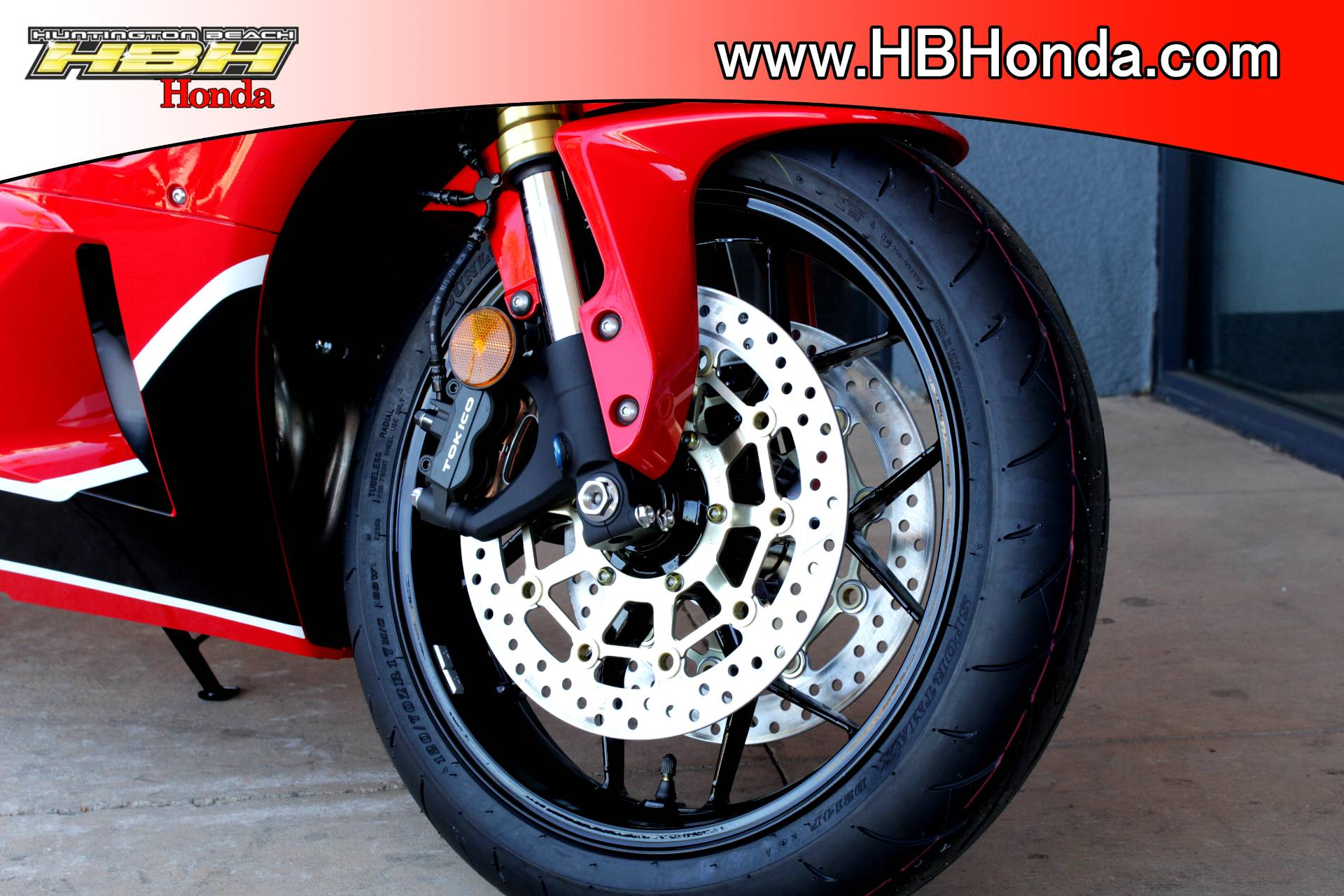 2018 Honda CBR600RR in Huntington Beach, California - Photo 3