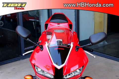 2018 Honda CBR600RR in Huntington Beach, California - Photo 10