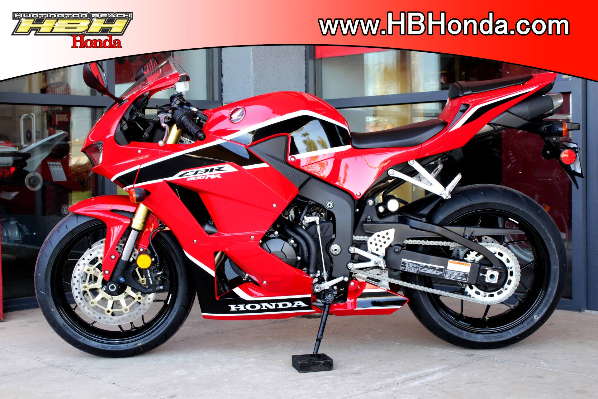 2018 Honda CBR600RR in Huntington Beach, California - Photo 12