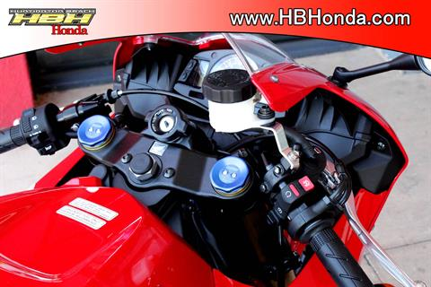 2018 Honda CBR600RR in Huntington Beach, California - Photo 16