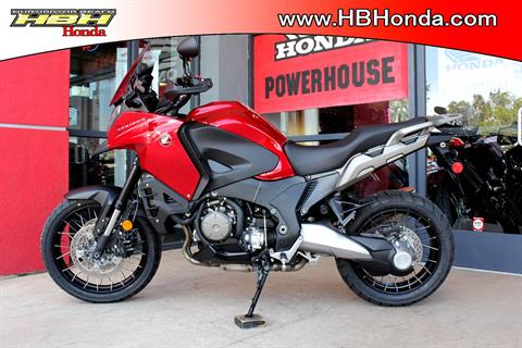 2017 Honda VFR1200X in Huntington Beach, California - Photo 1