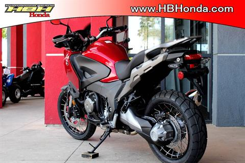 2017 Honda VFR1200X in Huntington Beach, California - Photo 2