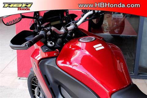 2017 Honda VFR1200X in Huntington Beach, California - Photo 3