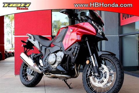 2017 Honda VFR1200X in Huntington Beach, California - Photo 8