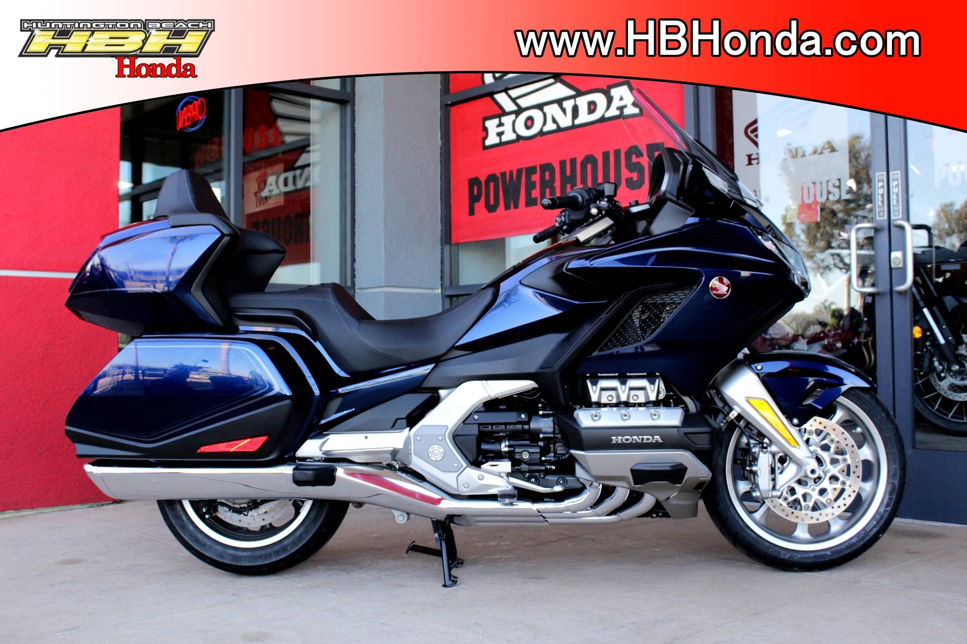 2018 Honda Gold Wing Tour in Huntington Beach, California - Photo 9