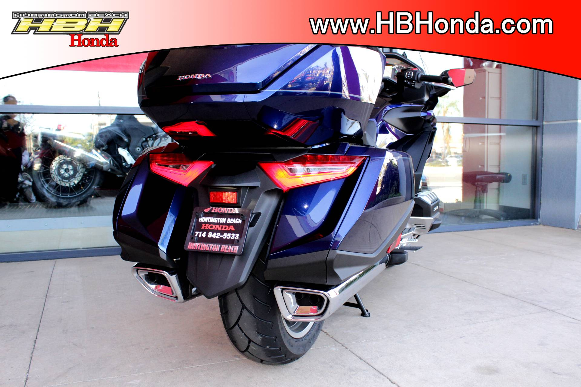 2018 Honda Gold Wing Tour in Huntington Beach, California - Photo 21