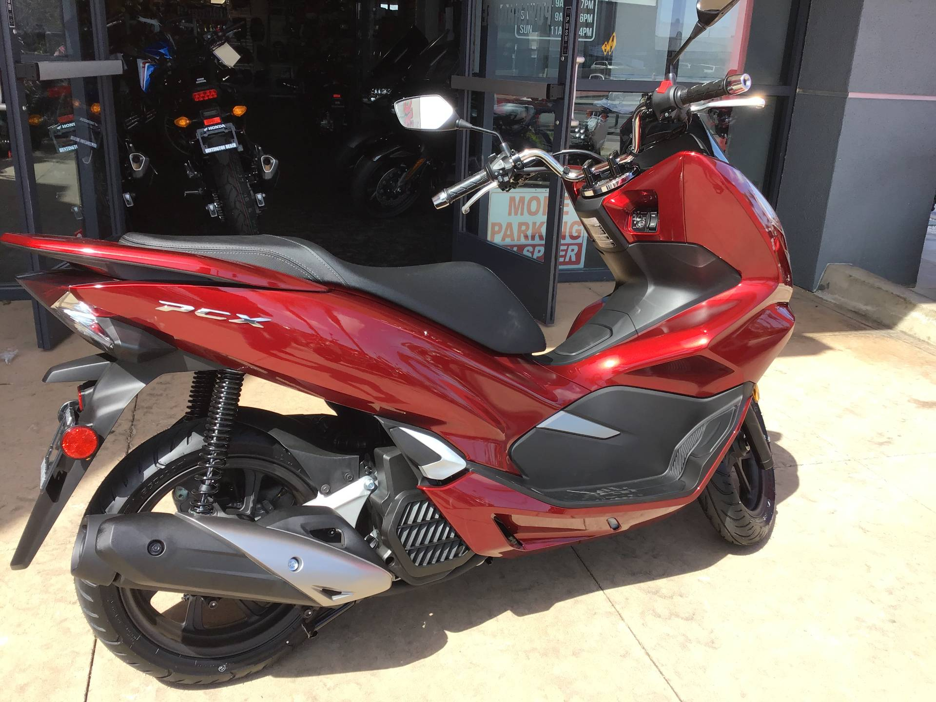 2020 Honda PCX150 ABS in Huntington Beach, California - Photo 2