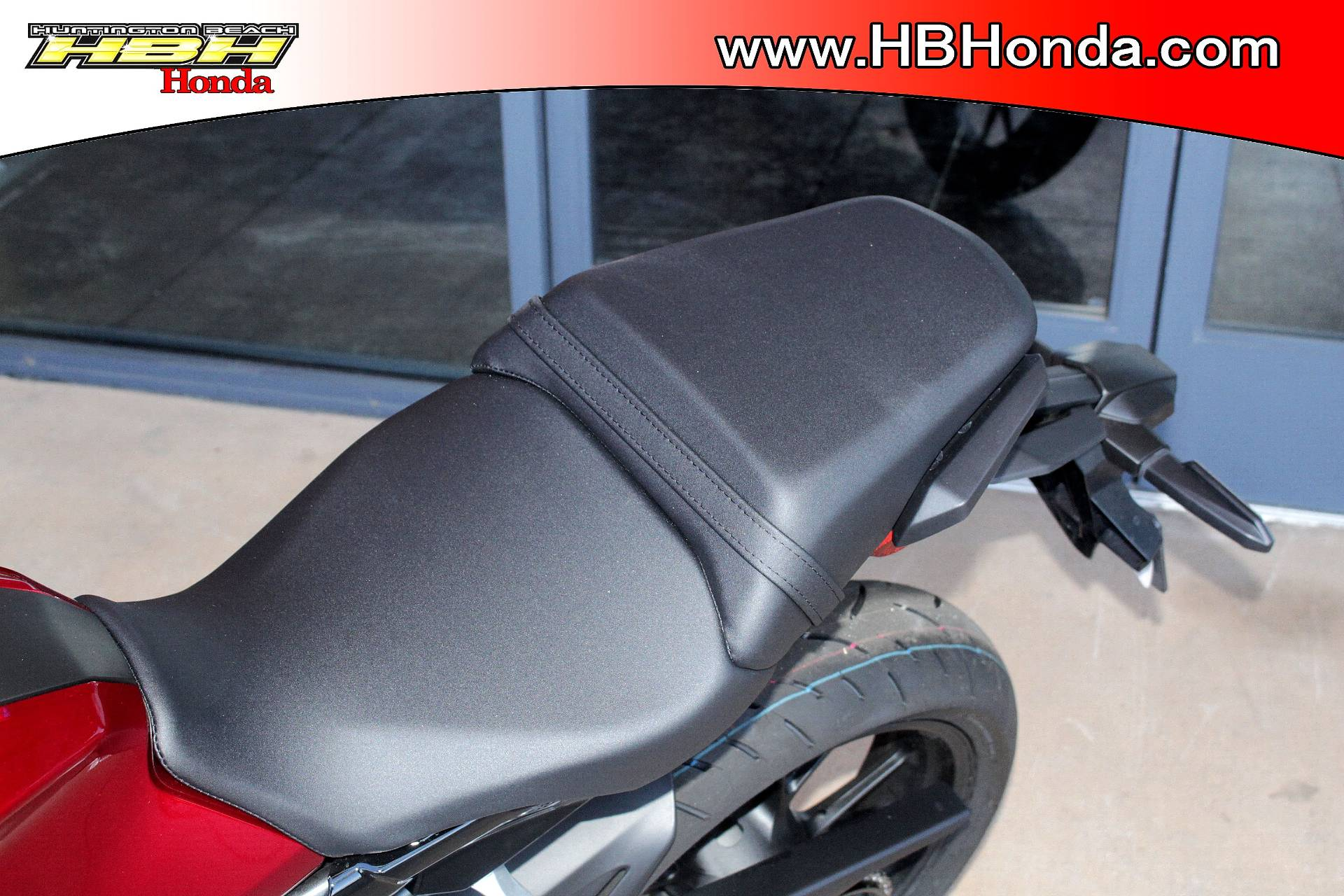 2019 Honda CB300R in Huntington Beach, California - Photo 3