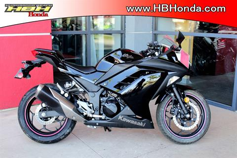 2014 Kawasaki Ninja® 300 SE in Huntington Beach, California