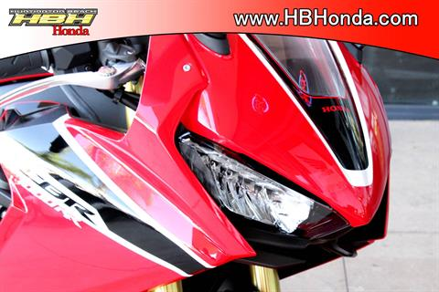 2017 Honda CBR1000RR in Huntington Beach, California