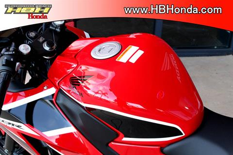 2019 Honda CBR300R ABS in Huntington Beach, California - Photo 3