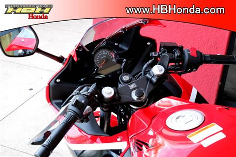 2019 Honda CBR300R ABS in Huntington Beach, California - Photo 4