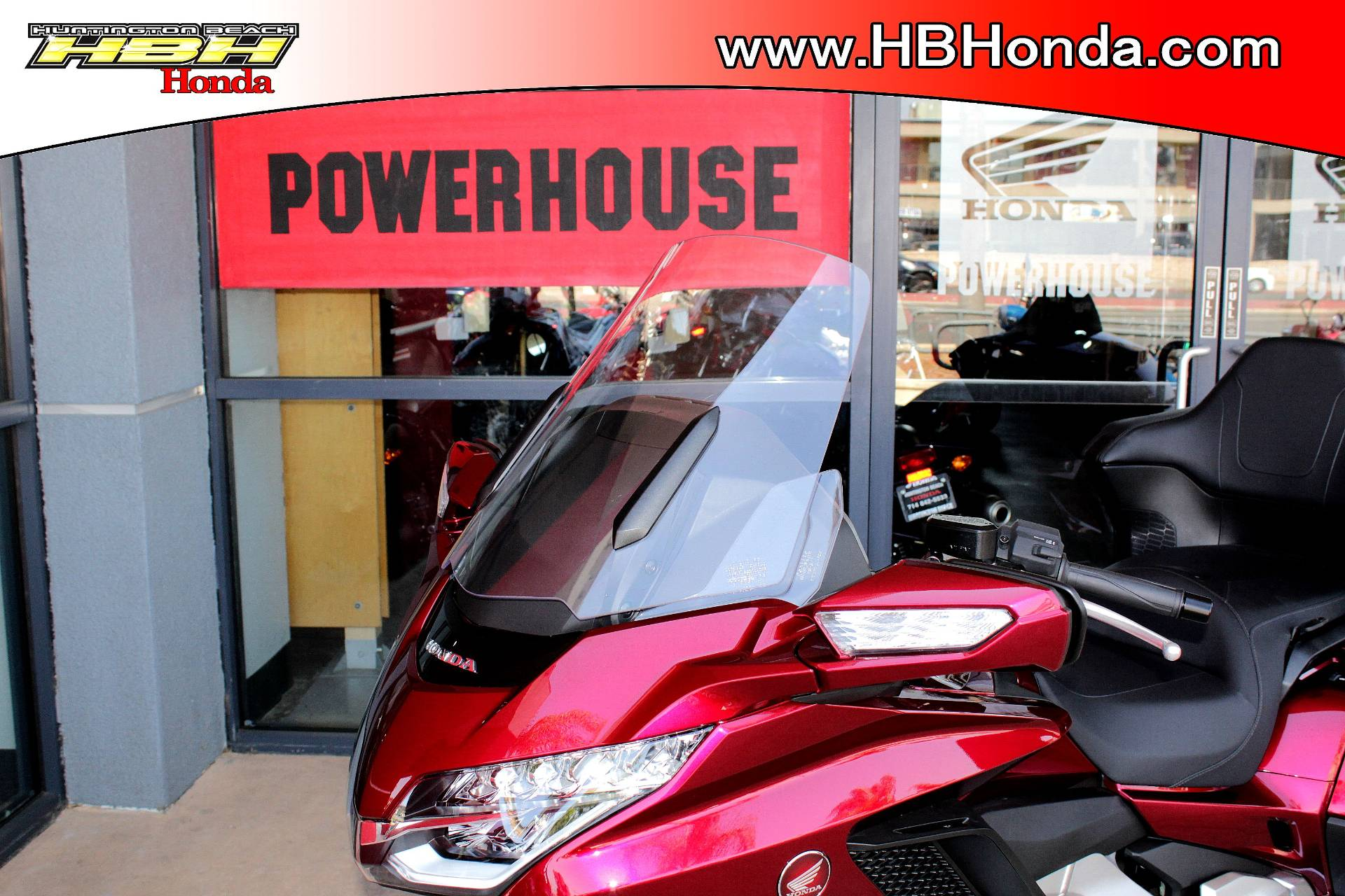 2018 Honda Gold Wing Tour in Huntington Beach, California - Photo 11
