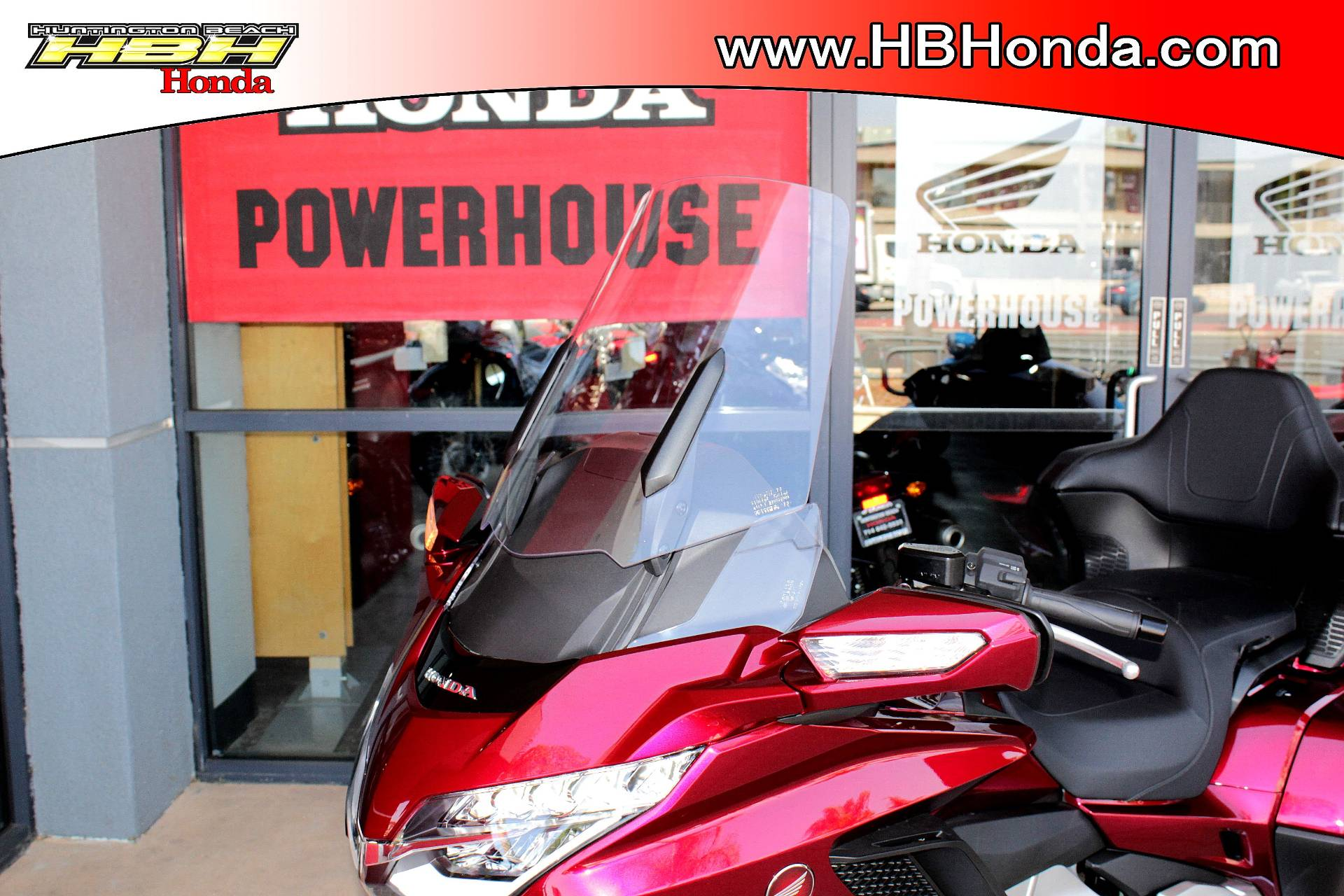 2018 Honda Gold Wing Tour in Huntington Beach, California - Photo 12