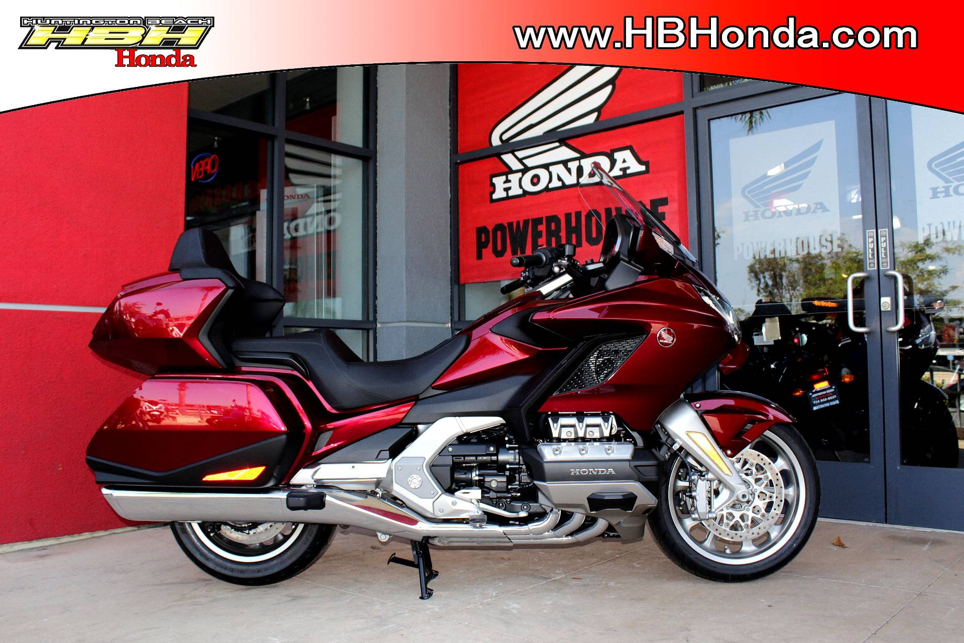 2018 Honda Gold Wing Tour in Huntington Beach, California - Photo 20