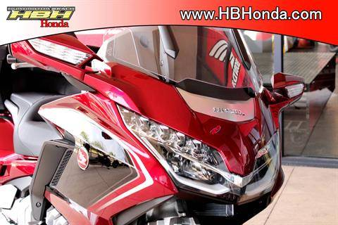 2020 Honda Gold Wing Tour Automatic DCT in Huntington Beach, California - Photo 8