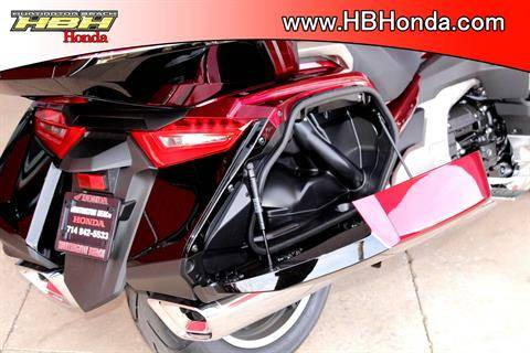 2020 Honda Gold Wing Tour Automatic DCT in Huntington Beach, California - Photo 12