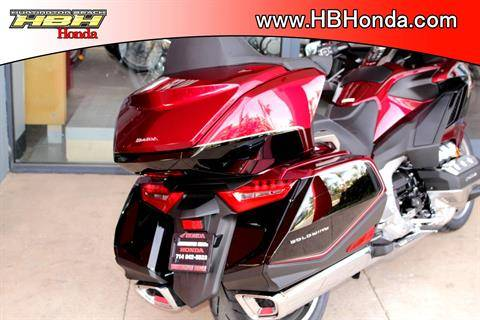 2020 Honda Gold Wing Tour Automatic DCT in Huntington Beach, California - Photo 15