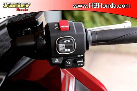 2020 Honda Gold Wing Tour Automatic DCT in Huntington Beach, California - Photo 18