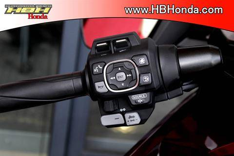 2020 Honda Gold Wing Tour Automatic DCT in Huntington Beach, California - Photo 20
