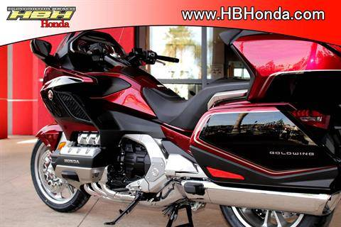 2020 Honda Gold Wing Tour Automatic DCT in Huntington Beach, California - Photo 25