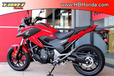 2015 Honda NC700X® in Huntington Beach, California - Photo 9
