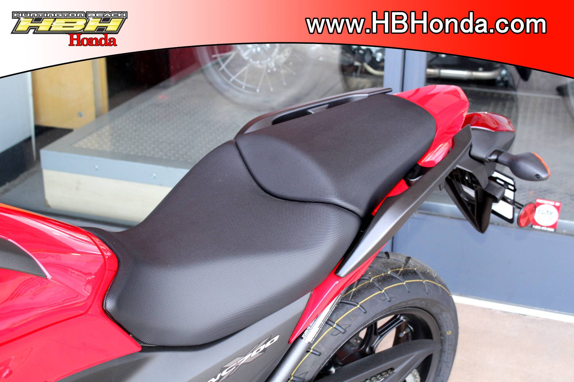 2015 Honda NC700X® in Huntington Beach, California - Photo 10