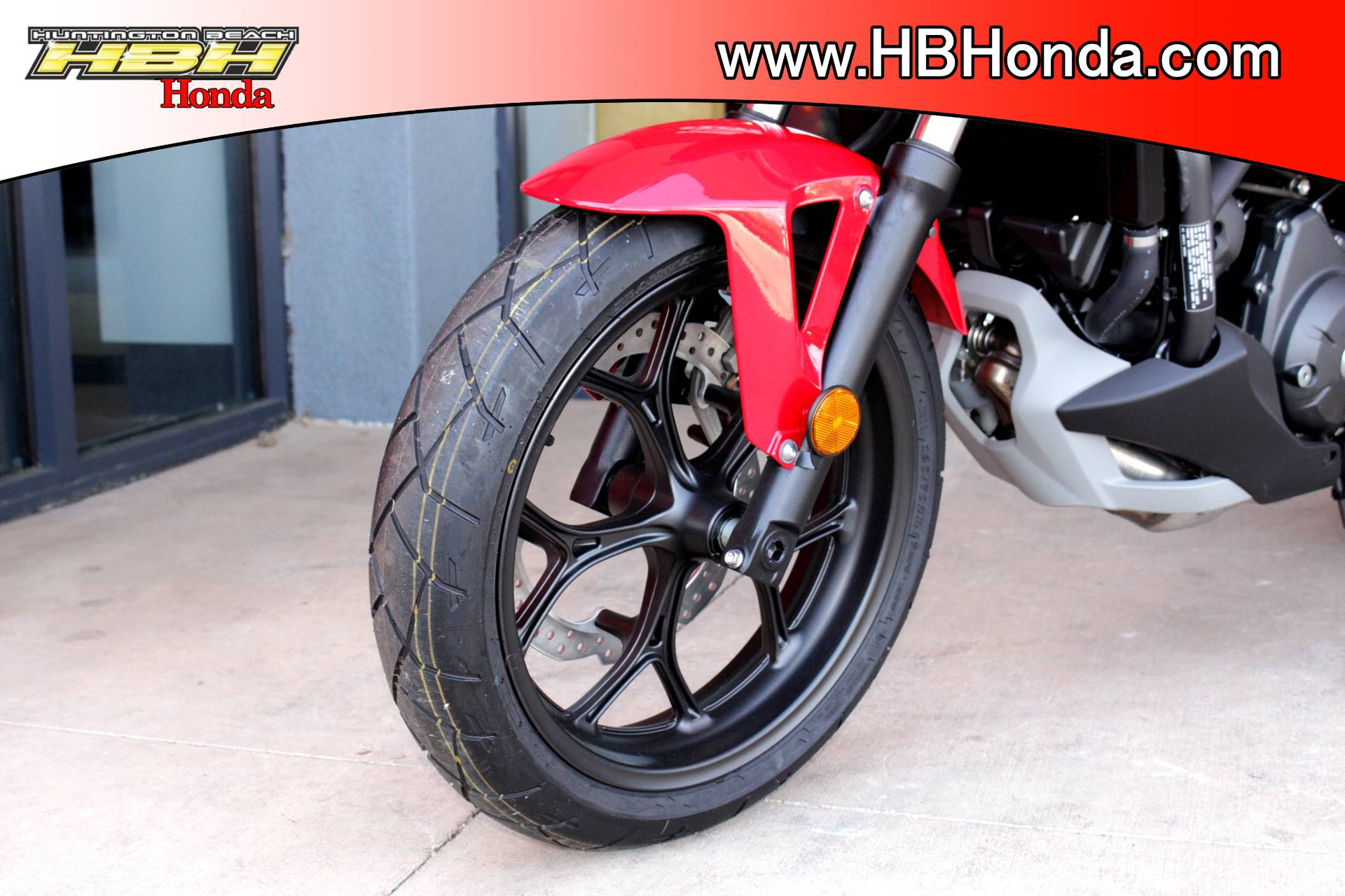 2015 Honda NC700X® in Huntington Beach, California - Photo 14