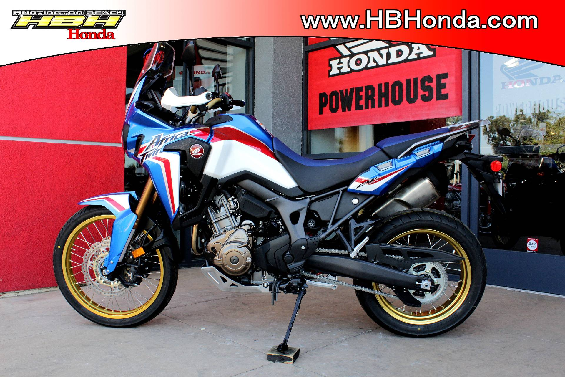 2019 Honda Africa Twin DCT in Huntington Beach, California - Photo 6