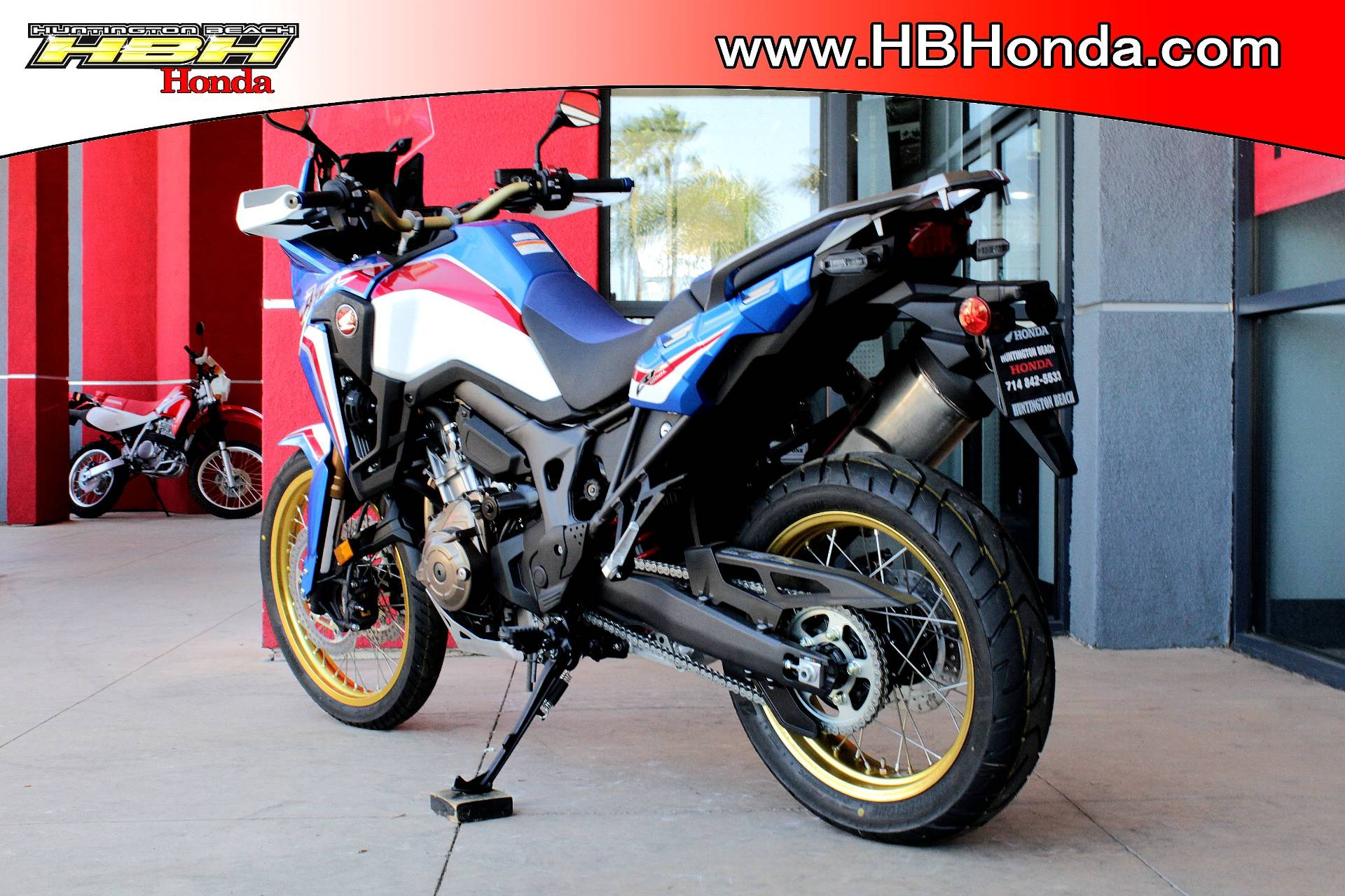 2019 Honda Africa Twin DCT in Huntington Beach, California - Photo 7