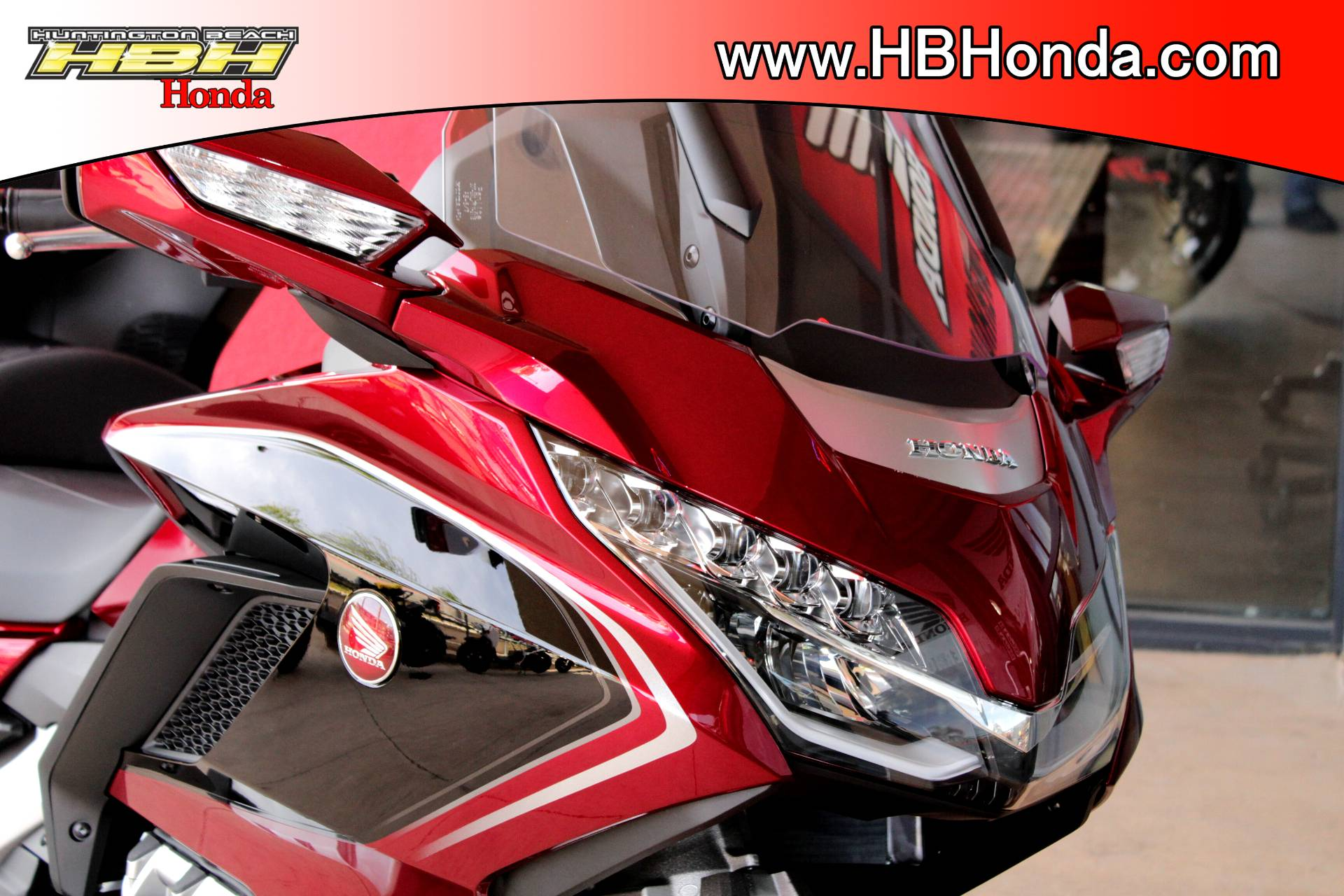 2018 Honda Gold Wing Tour Airbag DCT in Huntington Beach, California