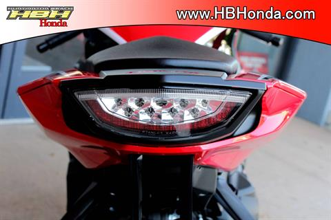 2018 Honda CBR1000RR in Huntington Beach, California - Photo 10