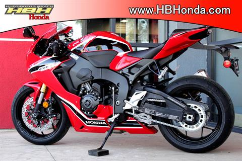 2018 Honda CBR1000RR in Huntington Beach, California - Photo 12