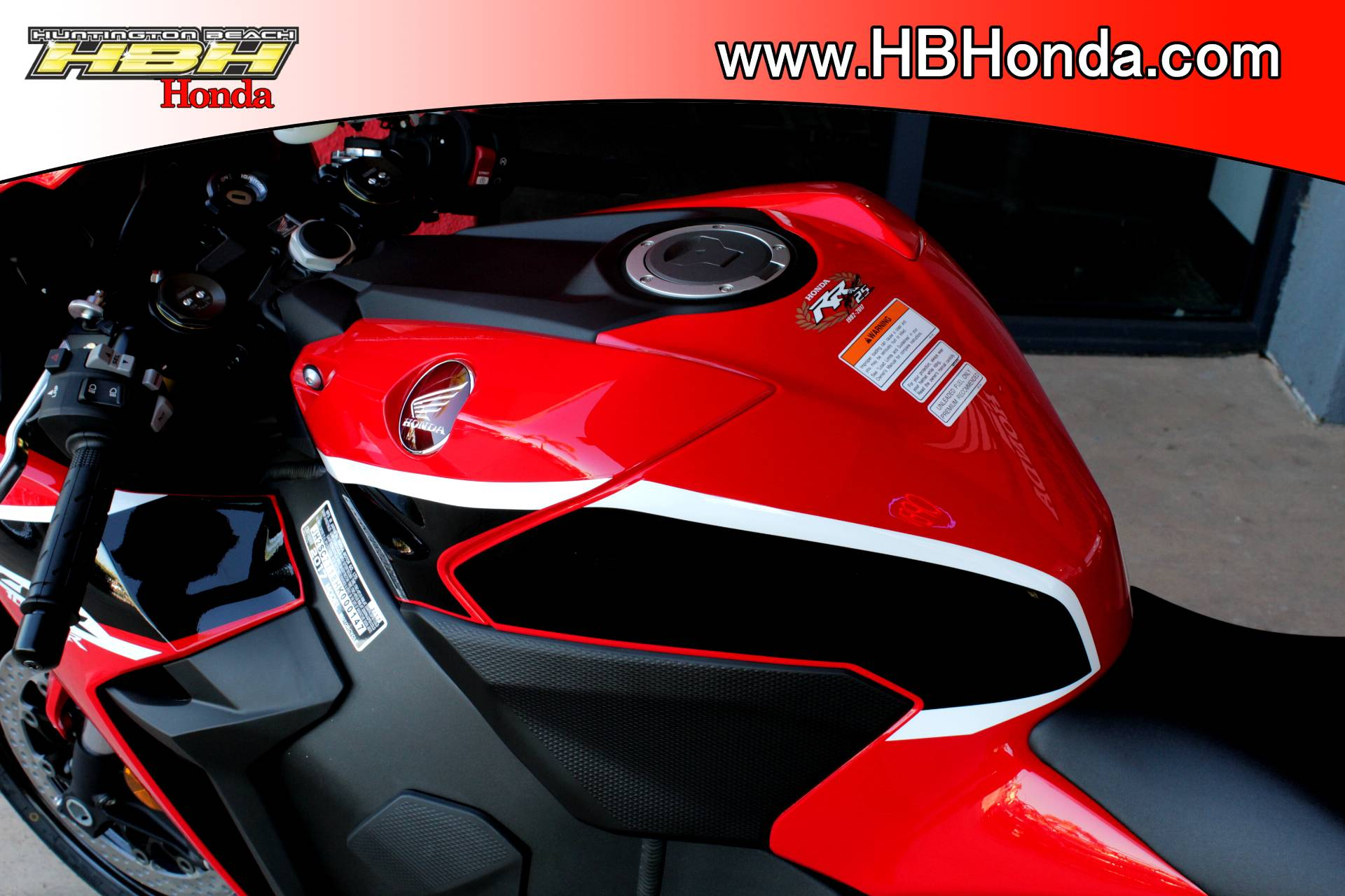 2018 Honda CBR1000RR in Huntington Beach, California - Photo 17
