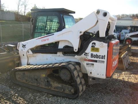 2015 Bobcat T870 in Johnson City, Tennessee